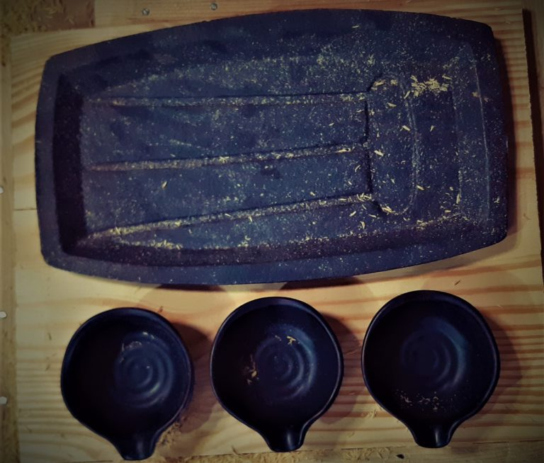 300 sizzler plates with cast iron ?